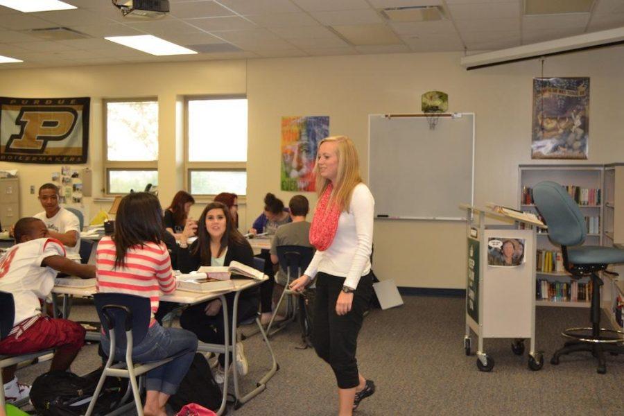 HSE graduate Kelsey Robertson teaches at FHS