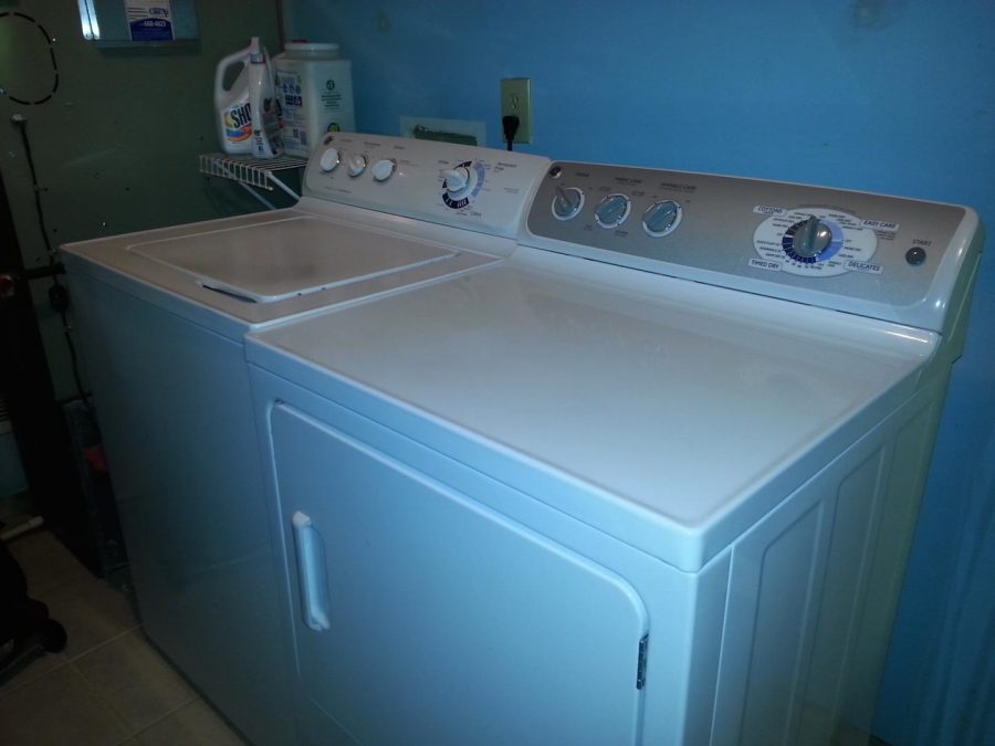 A washer, dryer and proper cleaning supplies are all you need for fresh smelling clothes.