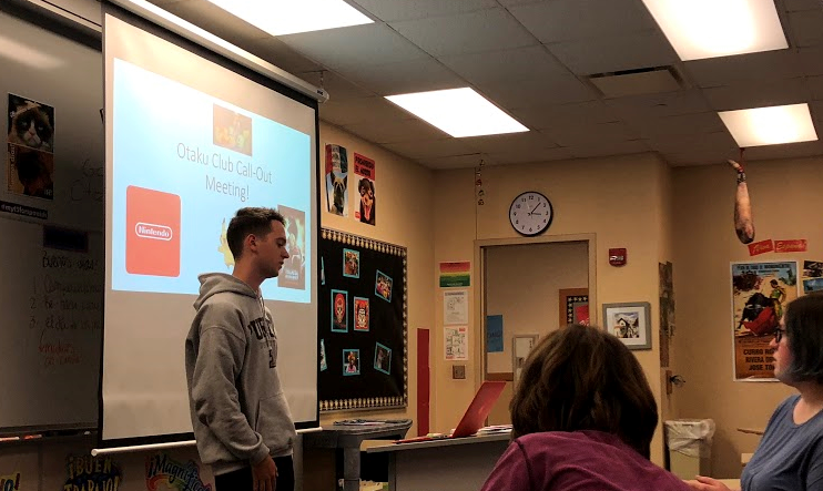 President and senior Luke Dubec gives an introductory presentation during the call out meeting on Nov. 2.