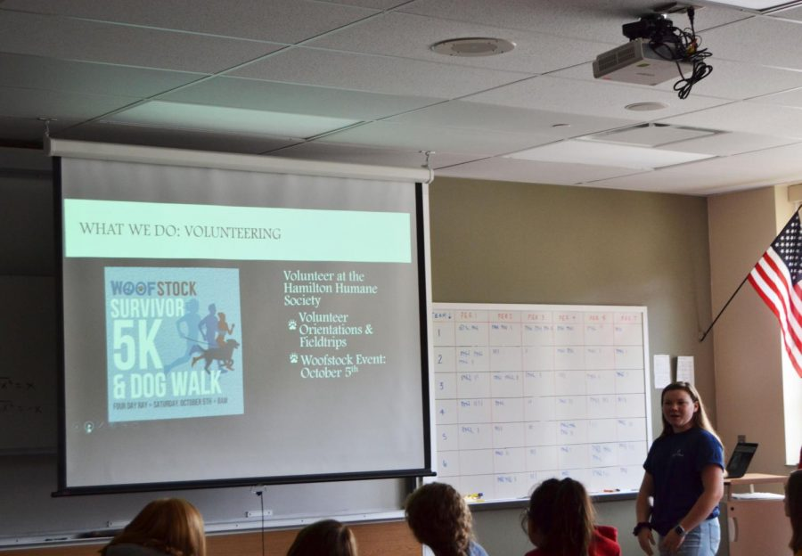 During a AARC call-out meeting on Aug. 28, sophomore Kiernyn Cassady leads a powerpoint presentation about the club.